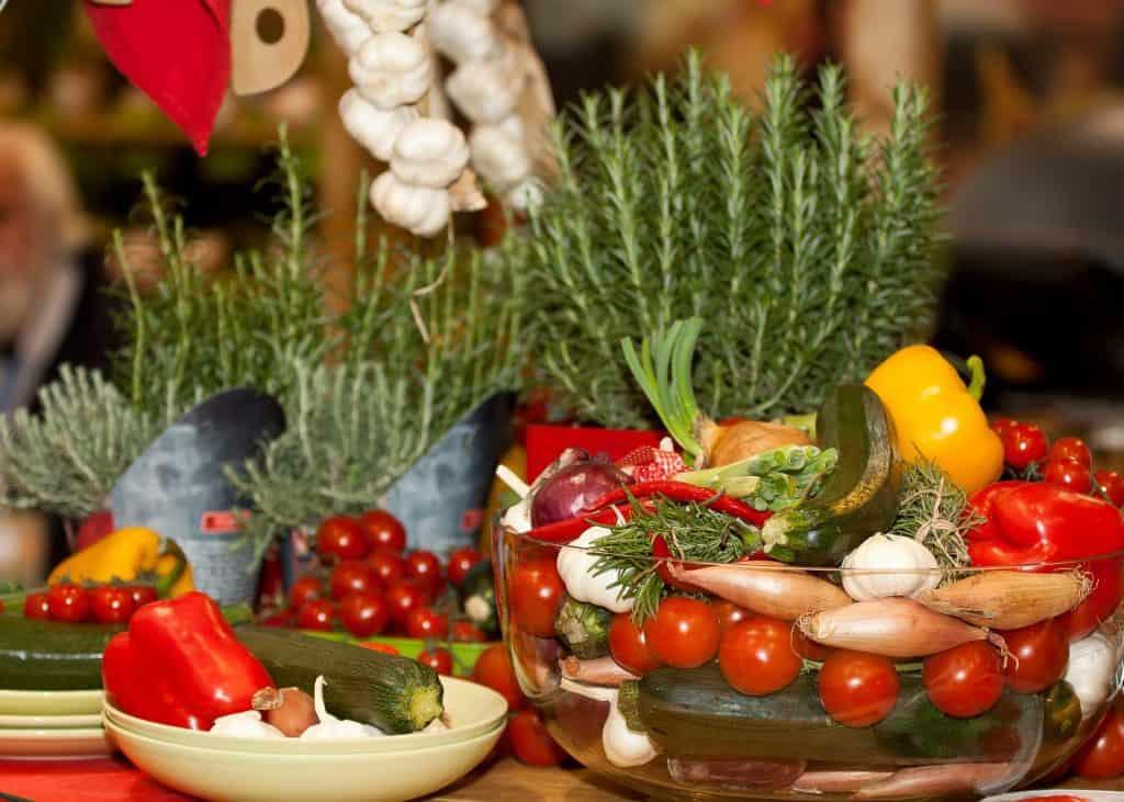 Vegetarische Diät und Mittelmeerdiät schützen das Herz unterschiedlich